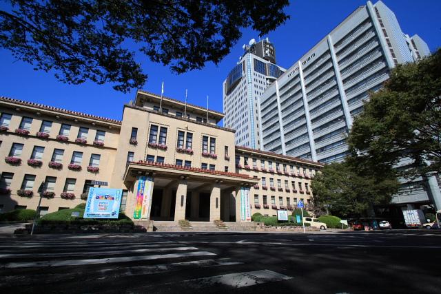 葵タワーと静岡県庁: 旅行記とか